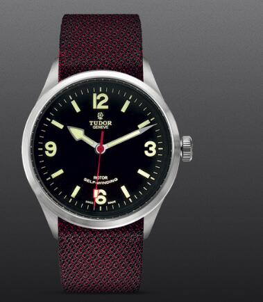 Replica Watch TUDOR HERITAGE RANGER m79910-0010 Black dial Burgundy fabric strap